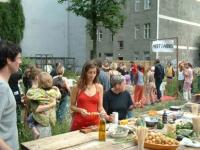http://www.clubreal.de/files/gimgs/th-62_Graceland-Grilltisch.jpg